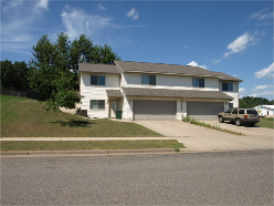 Holmen, Duplex 3 Bedroom 2 Bath
